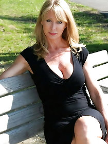 Gorgeous and Busty Mature Ladies 37